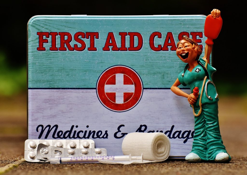 first aid nurse